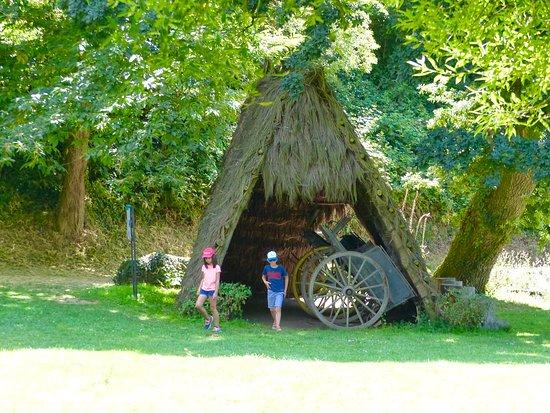 Village de Poul-Fetan: Un cadre de verdure
