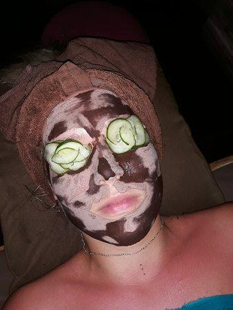 Bamboo Bali Spa: Chocolate face :)