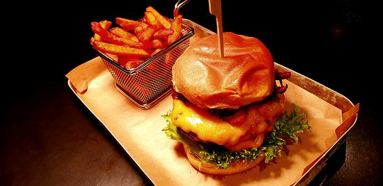 Hamburger - one of the bestsellers in Restaurant Lindbergh