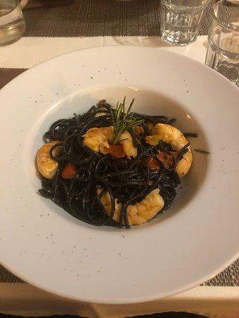 Restaurant Ribeira square