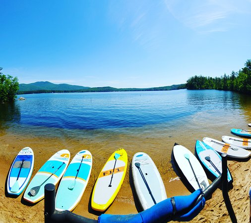 Alton Bay, NH: Group paddleboard lessons