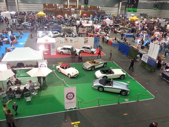 Bilbao Exhibition Centre: Vista general de la exposición 'Retroclásica BEC'.