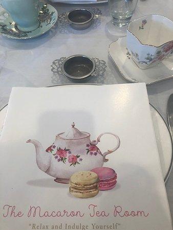 The Macaron Tea Room Resmi