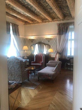 The Bonerowski Palace Photo