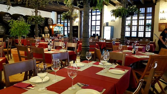 El Patio Bodega Málaga Comentários De Restaurantes Tripadvisor
