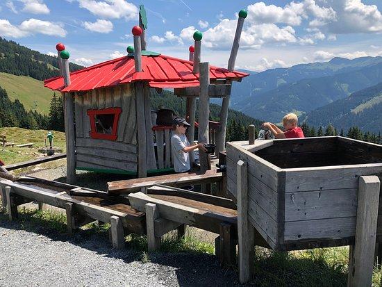 Montelino' s Water Playground