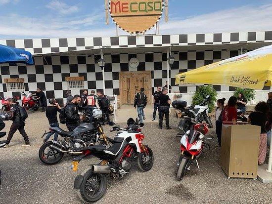Me Casa Restaurant: Keep your motor running!