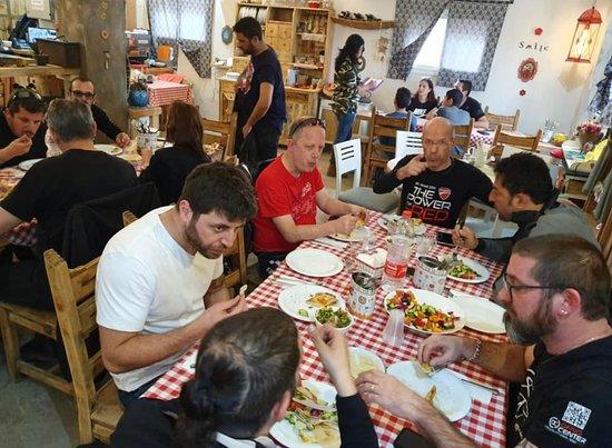 Me Casa Restaurant: Meet friends
