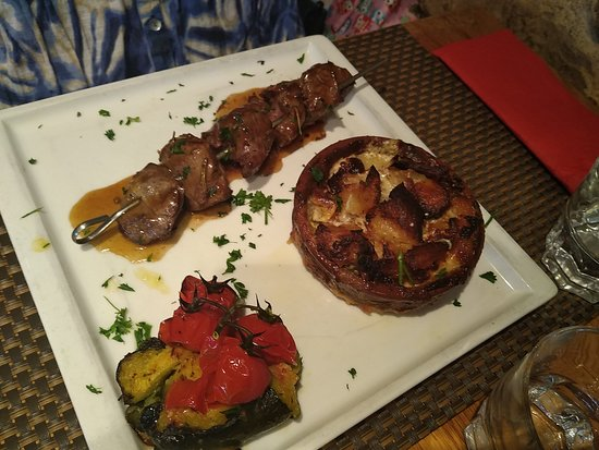 Idee De Brochette.Medallions Of Beef And Dauphinoise Potatos Yummy Great