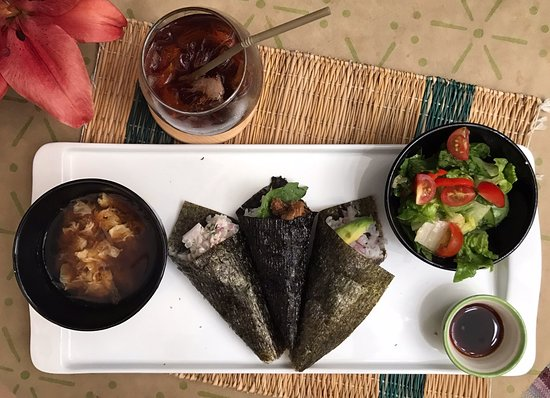 Ruly's: Hand roll sushi (TEMAKI SUSHI) lunch set for Tuesday, Thursday and Saturday!