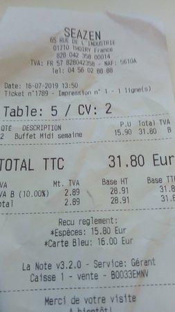 Thoiry, Frankrijk: Le prix du buffet à midi la semaine 15,90 euros, le soir 23,80 et le week-end 25,90 euros (vendredi soir et samedi et dimanche)