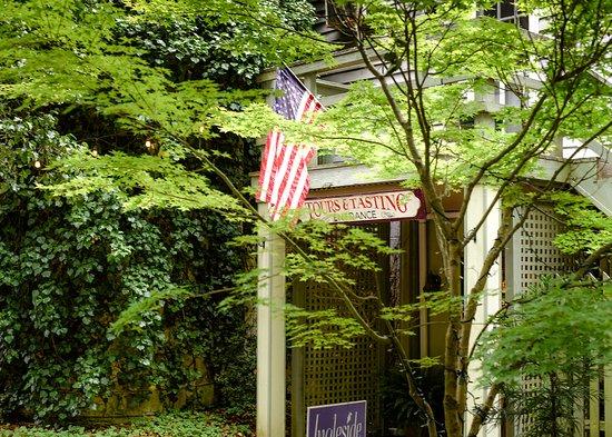 Oak Grove, VA: Ingleside Tasting Room entrance