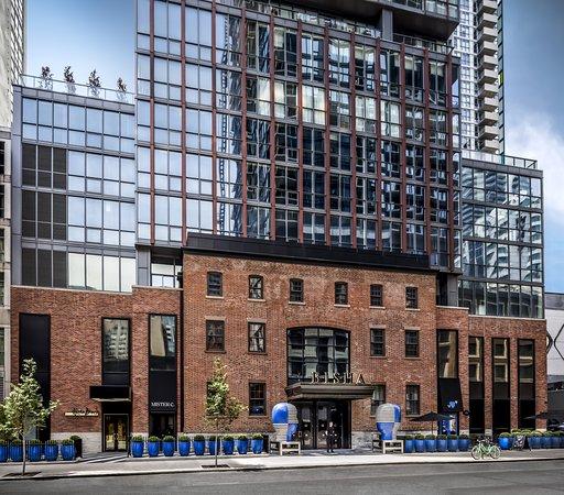 Robbed at the Bisha Hotel - Review of Bisha Hotel Toronto, Toronto