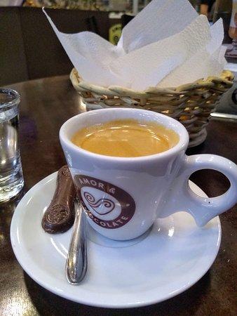 Timon, MA: Café espresso turco + pão de queijo.