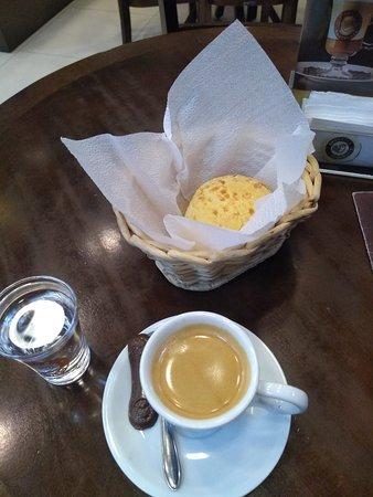 Timon, MA: Café espresso mais pão de queijo