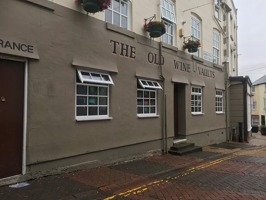 The Old Wine Vaults, Holywell