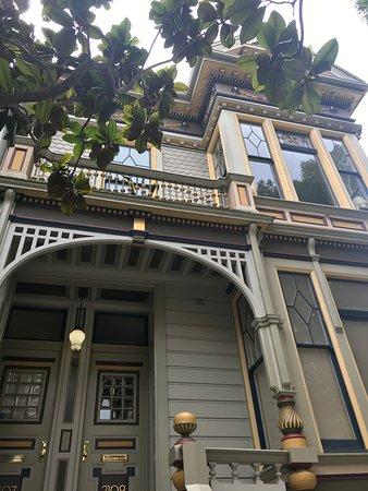San Francisco Architecture Walking Tour Image
