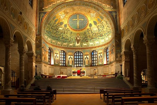Basilika von Sant'Apollinare in...