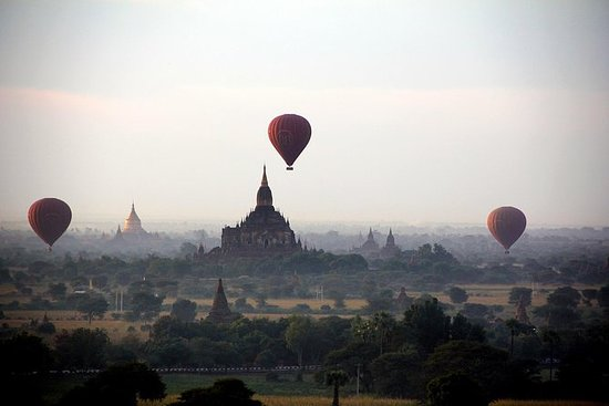 Old Bagan Sightseeing Tour