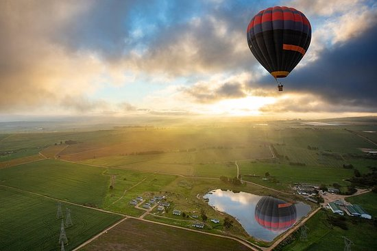 Volo in mongolfiera a Cape Winelands