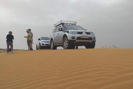 阿加迪尔的沙漠之旅和柏柏尔人村庄