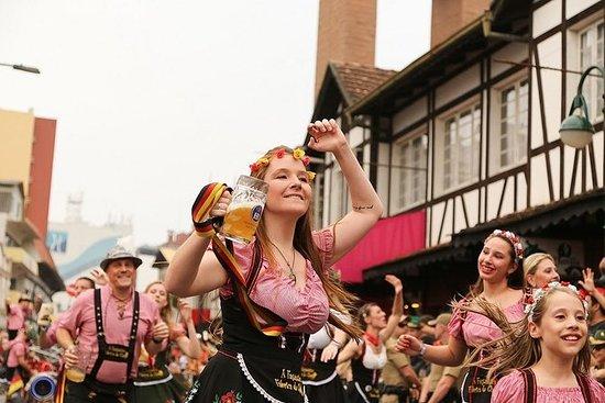 Oktoberfest com ingresso e traslado