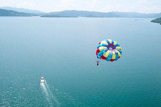 Parasailing og Clear Kayak Experience...