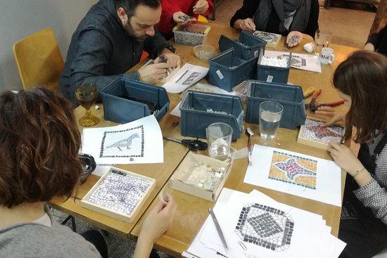 13 Mosaic studio
