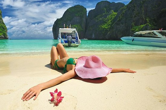 Phi Phi Island Tour by Big Boat (JOIN...