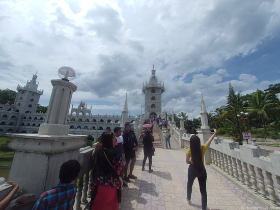 Sibonga, Filipiny: Simala Parish Church