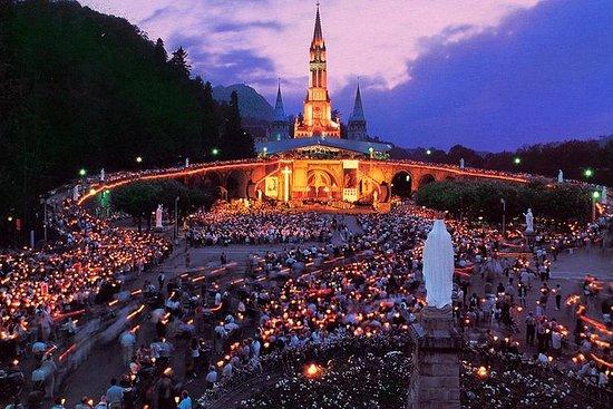 Tour de medio día a Lourdes con...