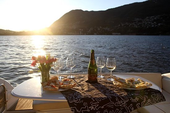 Moon Lake Dinner - Bootstour auf dem...