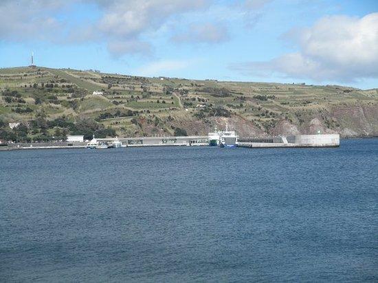 Bij een bezoek aan de Azoren kom je ...