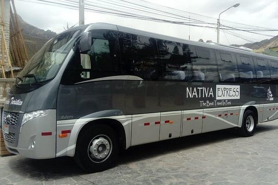 Tourist bus from Chivay (Colca) to...