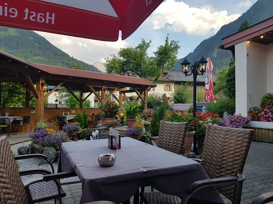 Hotel Gruener Baum Prices Reviews Bach Im Lechtal