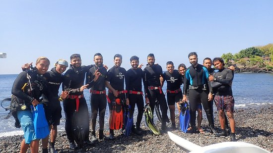Tulamben, Indonesien: Best place to try Scuba diving ✌