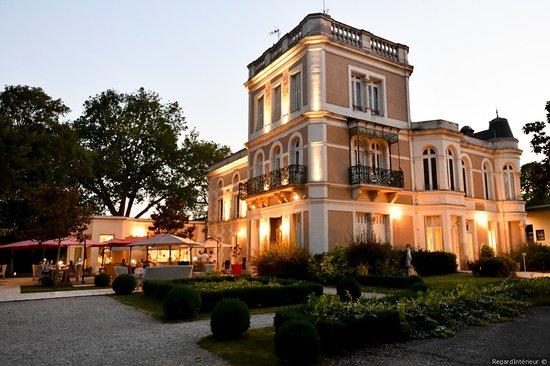 Chateau Du Clos De La Ribaudiere Chasseneuil Du Poitou Menu Prix Restaurant Avis Reservations Tripadvisor