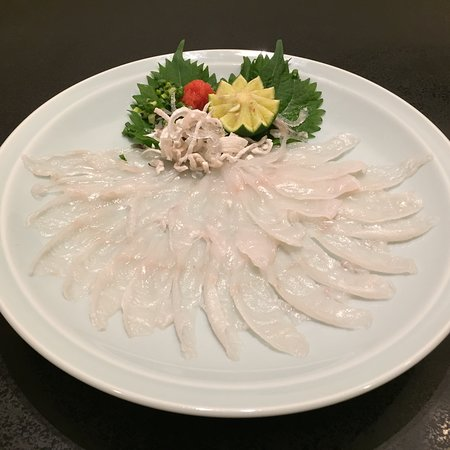下関特産とらふぐ刺身「てっさ」 自家製ぽん酢でお召し上がり下さい