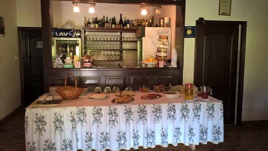 Kosjeric, Serbia: Breakfast buffet