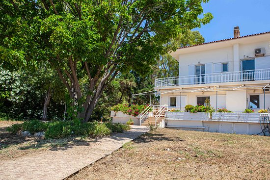 Paralia Irion, Hellas: Villa Eva in Nafplion in the traditional village Iruia