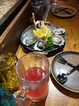 Best service! Fresh oysters!