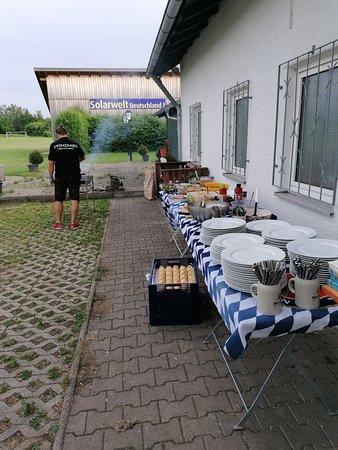 Penzing, Duitsland: Grillparty