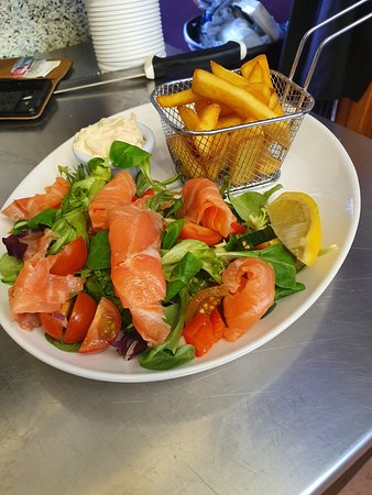 ‪‪Abernethy‬, UK: Delicious Smoked Salmon Salad‬