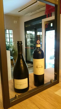 La selezione dello staff per noi, ogni vino abbinato al piatto 🍷🍖