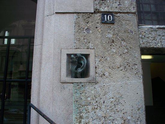 casa dell'orecchio