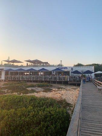 Great restaurant on the beach