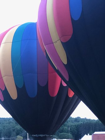 Wellsville Balloon Rally - Island Park