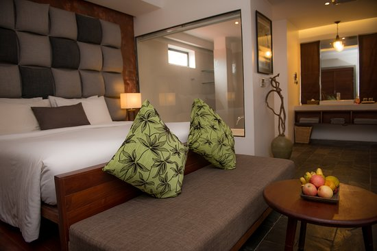 Solitaire Hotels & Resorts, luxurious designed boutique villa hotels and resorts located in the heart of ancient city of Siem Reap, Cambodia. 