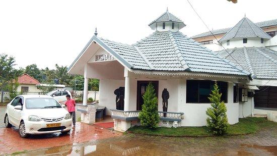 Kattikkulam, Indie: Advance booking required