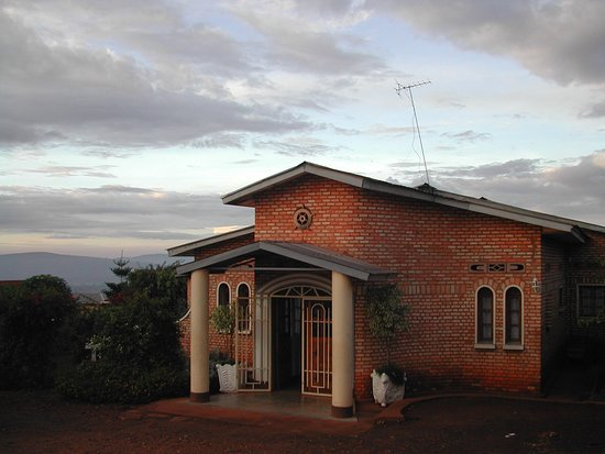 Ngozi, Burundi: Restful, well tended gardens